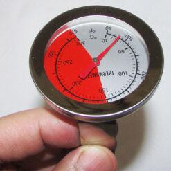 نمایی دیگر از صفحه نمایش دماسنج آسفالت ، دماسنج خاک ، دماسنج غذا مدلTH-11 از 10 تا 300 درجه