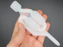 نمای نزدیکی قفل هوای پلاستیکی ارزان قیمت مناسب آزمایش تخمیر